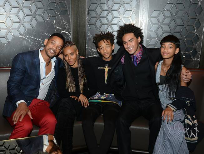 Will Smith, Jada Pinkett-Smith, Jaden Smith, Trey Smith and Willow ...