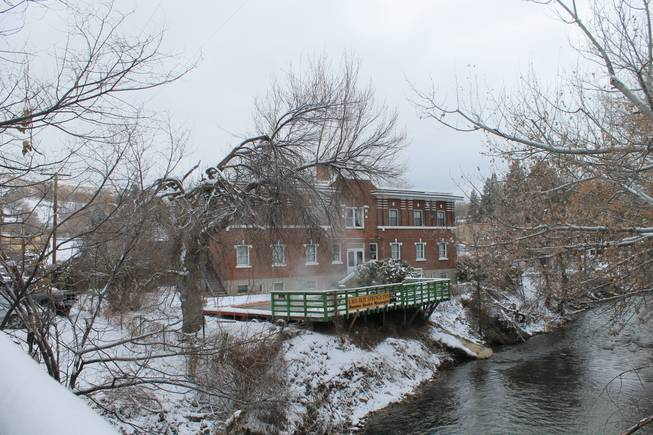 The Lava Hot Springs Inn as viewed from the Portneuf River bridge.