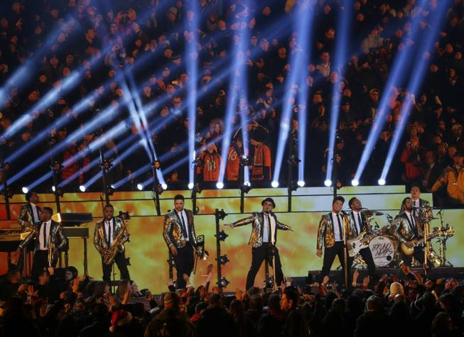 Bruno Mars performs during the halftime show of the NFL Super Bowl XLVIII football game between the Seattle Seahawks and the Denver Broncos, Sunday, Feb. 2, 2014, in East Rutherford, N.J. (AP Photo/Ted S. Warren)