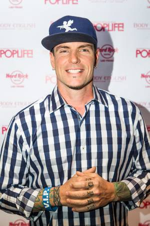 Vanilla Ice at Pop Life in Body English