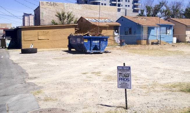 This dirt lot at Coolidge Street and Casino Center Boulevard in downtown Las Vegas became ground zero for bewildered vehicle owners who found their cars had been towed while they took part in the monthly First Friday celebration.