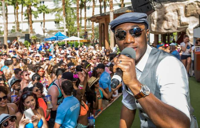 Aloe Blacc performs at Rehab on Saturday, April 19, 2014, ...