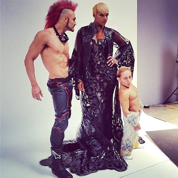 "NeNe Leakes, center, and ""Zumanity"" at New York-New York cast members."
