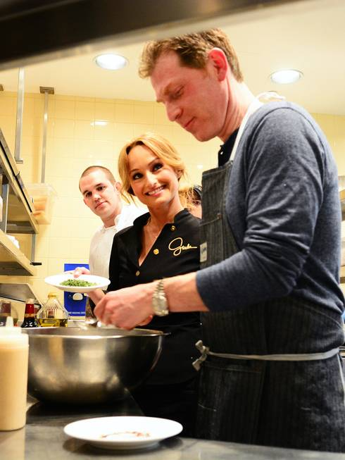 Bobby Flay and Giada De Laurentiis co-host a Master Series ...