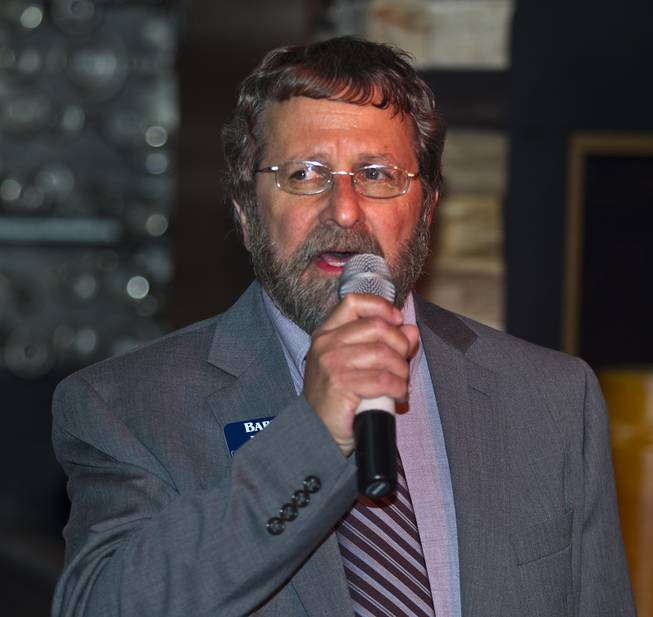State Controller candidate Barry Herr introduces his platform to Libertarian party members and guests during a  meet and greet session at Hyde in the Bellagio on Thursday, May 29, 2014.