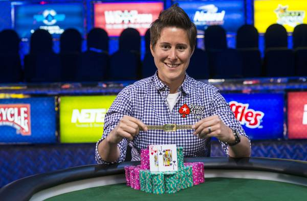 Vanessa Selbst poses with the bracelet she won in the $25,000 buy-in mixed-max no-limit hold'em tournament at the 2014 World Series of Poker.