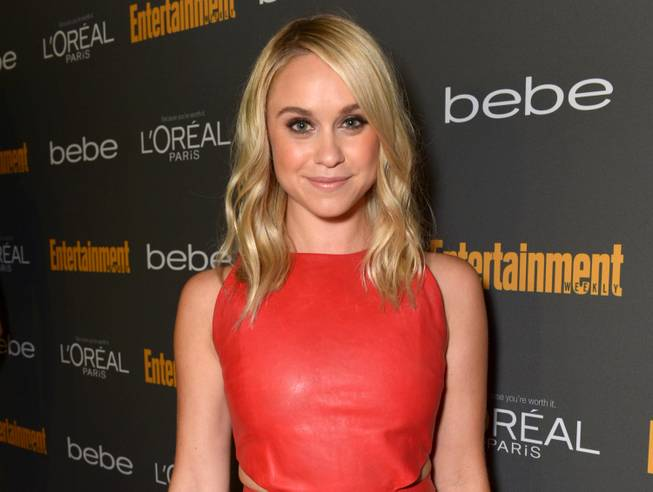 "his Sept. 20, 2013 file photo released by Entertainment Weekly shows Becca Tobin at the 2013 Entertainment Weekly Pre-Emmy Party in Los Angeles. Matt Bendik, the boyfriend of ""Glee"" star Becca Tobin, has been found dead in a Philadelphia hotel room. Police say they were called to the Hotel Monaco just after 1 p.m. Thursday, July 10, 2014, and that a man was pronounced dead minutes later. The city medical examiner's office confirmed Bendik's identity and will determine the cause and manner of death. There were no signs of foul play."