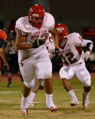 Arbor View High lineman Keenen King is one of Southern Nevada's top college recruits for the class of 2016.
