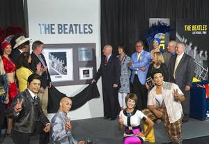 LVCVA Unveils Beatles Plaque