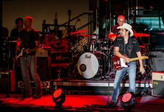 Brad Paisley performs at Boulevard Pool on Wednesday, Aug. 27, 2014, in The Cosmopolitan of Las Vegas.