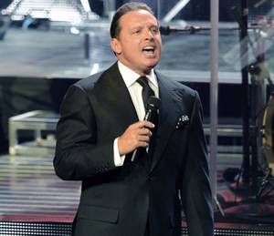 Luis Miguel at the Colosseum: 9/12/14