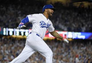 Kemp's HR lifts Dodgers over Cards, NLDS tied at 1