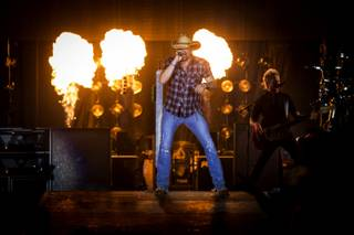 Jason Aldean performs during the third and final night of the Route 91 Harvest country music festival Sunday, Oct. 5, 2014, at MGM Resorts Village.