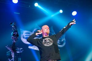Five Finger Death Punch Rocks The Joint