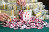 Martin Jacobson's winning hand is displayed during the 2014 World Series of Poker Main Event on Tuesday, Nov. 11, 2014, at the Rio. Jacobson, of ...