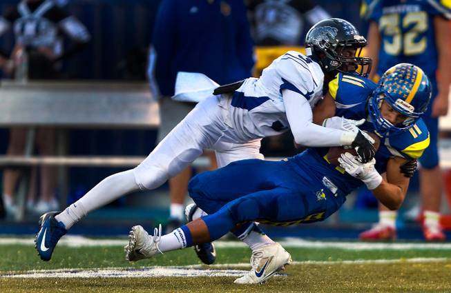 Moapa Valley Defeats Desert Pines State Football