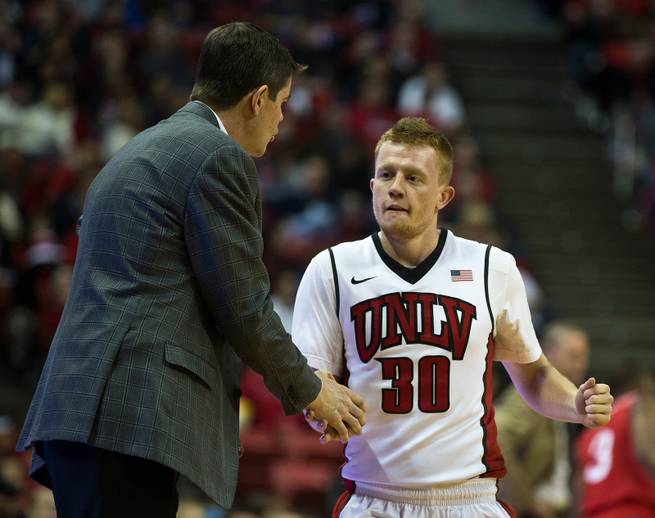 Walker will transfer while UNLV awaits official decisions from Vaughn, Wood