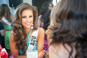 Miss USA Nia Sanchez at Miss Universe
