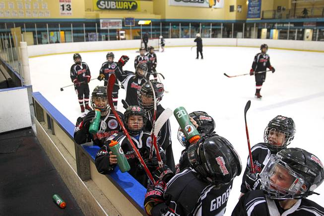 Youth Hockey Team To Represent Las Vegas In Tough Canadian Tourney