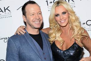 Jenny McCarthy + Donnie Wahlberg at 1 OAK