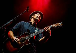 Jason Mraz performs at the Chelsea on Saturday, March 14, 2015, in the Cosmopolitan of Las Vegas.