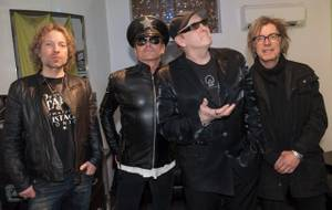 Cheap Trick Headlines Race Jam