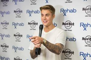 Fight Weekend: Justin Bieber at Rehab