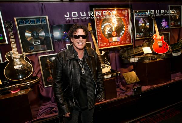 neal schon amped up over journey residency new album tour with santana las vegas sun newspaper. Black Bedroom Furniture Sets. Home Design Ideas
