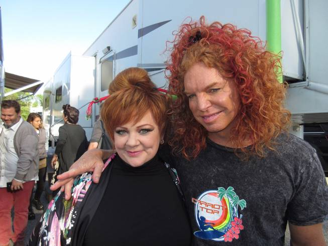 Carrot Top is half-man, half-horse and all-in for Melissa