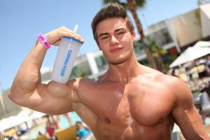Jeff Seid 21st Birthday Ditch Fridays