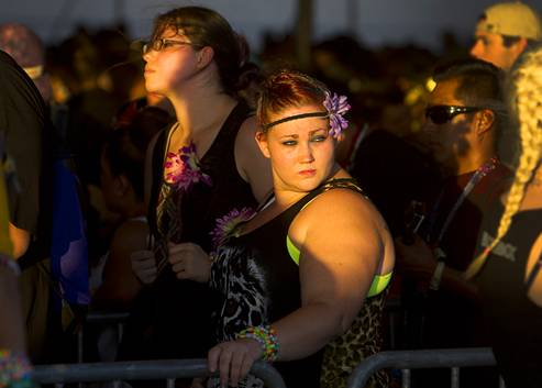 2015 EDC Las Vegas plays out as an imperfect spectacle