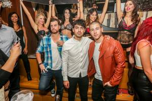 Joe Jonas DJs at Hyde Bellagio