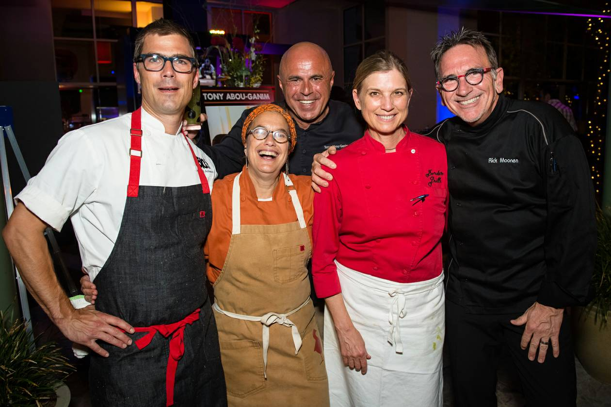 "The weather wasn't the only thing that was hot and sizzling Wednesday night at Border Grill, as ""Top Chef Masters"" cheftestants Susan Feniger and Mary Sue Milliken, along with Rick Moonen and Hugh Acheson, hosted a reunion dinner."