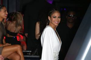 Jennifer Lopez at Chateau
