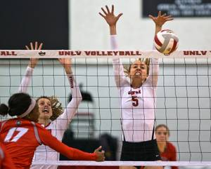 UNLV Volleyball Calls in Farsi