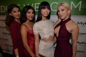 2016 AVN Awards: Red Carpet