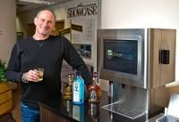 Barry Fieldman is known in Las Vegas for developing Showcase mall, the retail property decorated with a giant Coke bottle and M&M's along the Strip. Now he's on another mission: Overhaul the bartending business with rapid-fire, machine-made cocktails with this invention ...