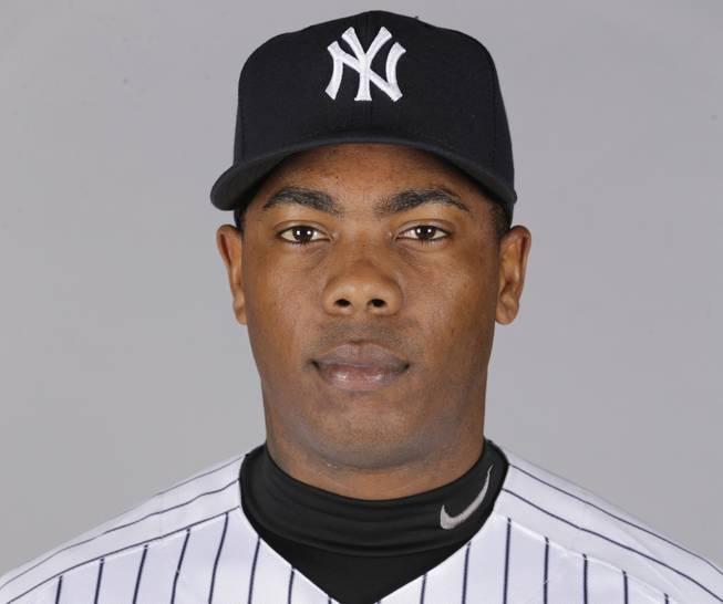 New York Yankees closer Aroldis Chapman agrees to 30-game suspension