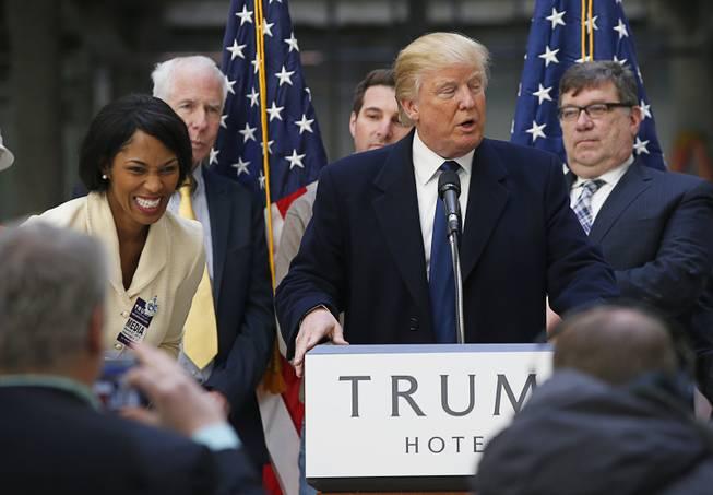 Trump angers Cruz by threatening his wife - Las Vegas Sun