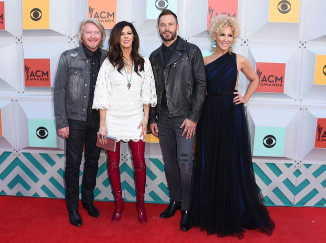 Little Big Town arrives at the 51st annual Academy of ...