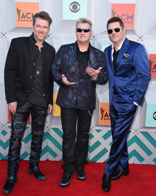 Rascal Flatts arrives at the 51st annual Academy of Country ...