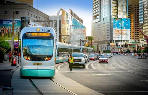 Phoenix lights a path for Las Vegas to follow on public transportation