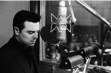 During Seth MacFarlane's orchestral spectacle at Encore Theater in Wynn Las Vegas on Friday night, a gentleman seated near the stage in the middle of the venue sang in duet with the star ...