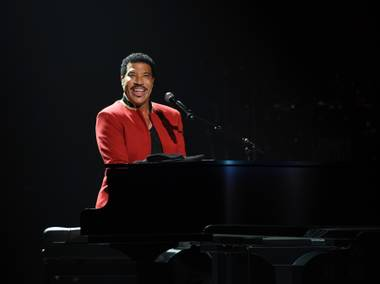Lionel Richie's initial run at Axis at Planet Hollywood sold well enough to spark speculation that he'll extend beyond the announced dates this fall. ...