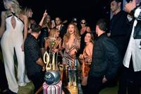 Supermodel Gigi Hadid had her million-dollar and never-ending long legs on full display when she celebrated her 21st birthday Saturday night at Intrigue Nightclub minus boyfriend singer Zayn Malik.