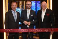How appropriate the good timing of the nightclub Jewel's grand opening at Aria tonight with Oscar winner Jamie Foxx, after a ribbon-cutting ceremony at 6:30 p.m., the same day that the Oppenheimer Blue diamond was purchased for more than $58 million.