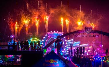 An estimated 135,000 festivalgoers attended the first day of the 2016 Electric Daisy Carnival at Las Vegas Motor Speedway on Friday, and a very small percentage of them found themselves in trouble with the law. Metro Police recorded a total of 30 arrests.