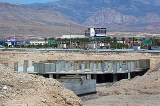 A view of the former Spanish View Tower development site on West Maule Avenue, near Durango Drive and I-215, is shown Thursday, June 16, 2016.