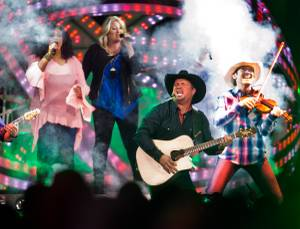 Garth Brooks at T-Mobile Arena