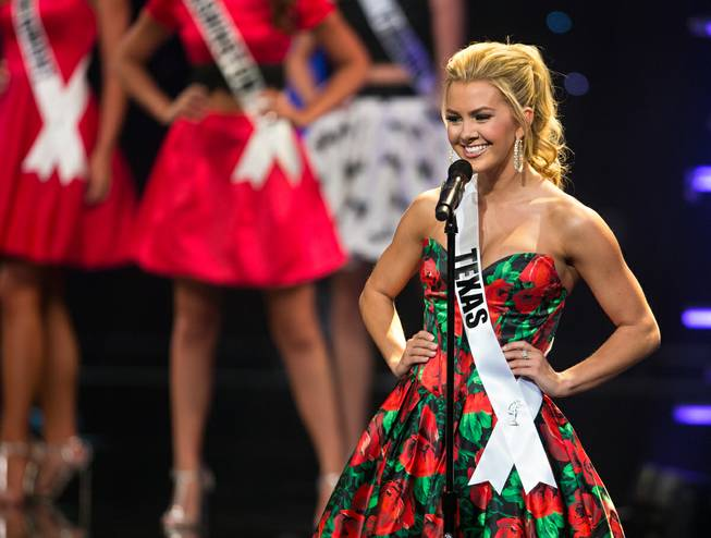 Miss Texas Teen Karlie Hay Crowned Miss Teen USA 2016!